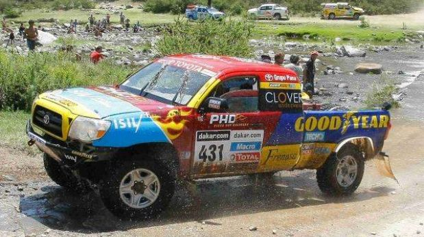Dakar 2013: autos peruanos terminan la etapa once sin problemas