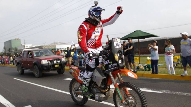 FOTOS: Ramón Ferreyros, Raúl Orlandini y los otros 10 pilotos peruanos que abandonaron el Dakar 2013