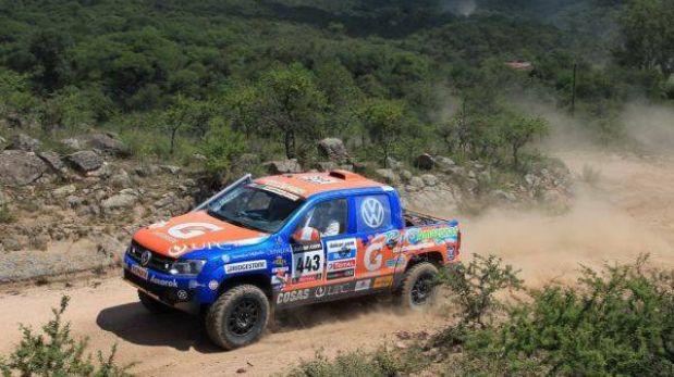 Coches peruanos están a un especial de culminar el Dakar