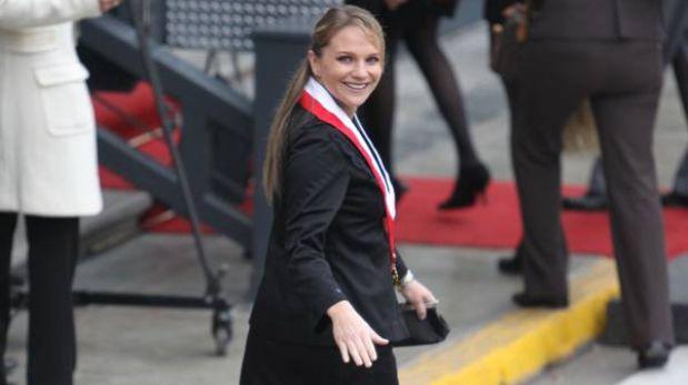 """""""Playboy"""" elige a Luciana León como una de las """"políticas más sexys"""" del mundo"""