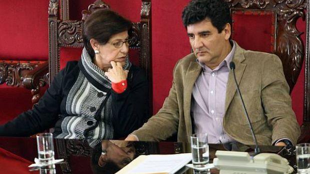 Frente pro Villarán desplegará 45 mil personeros para consulta de revocación