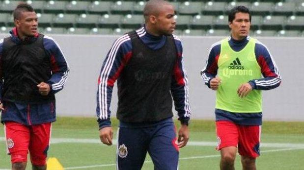 Walter Vílchez entrena a prueba en el Chivas USA de la MLS