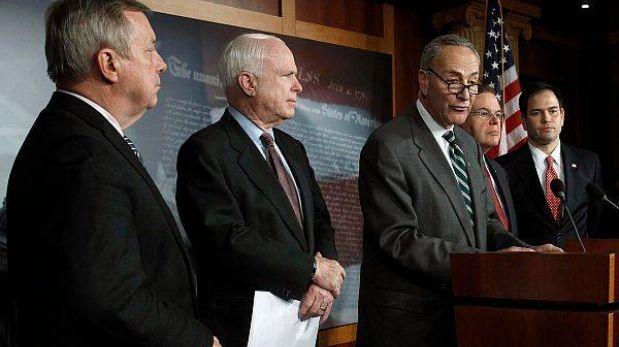 EE.UU.: Grupo bipartidista de senadores propone plan de inmigración