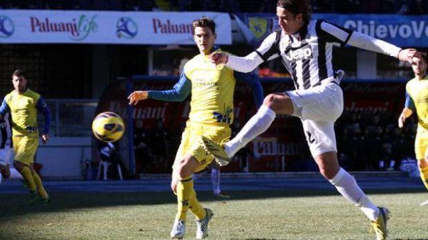 Juventus venció 2-1 al Chievo y mantiene ventaja en el fútbol italiano