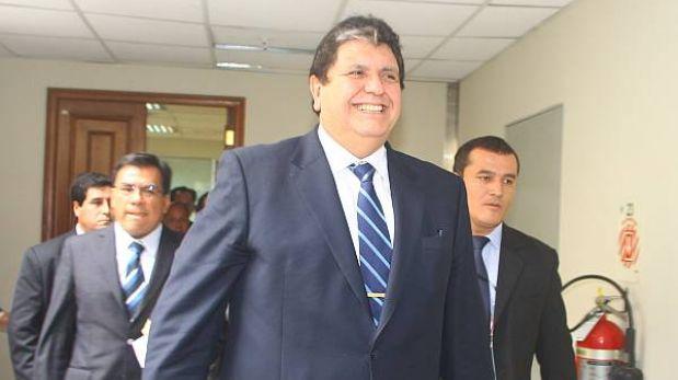 Alan García sería citado a mediados de febrero a la megacomisión