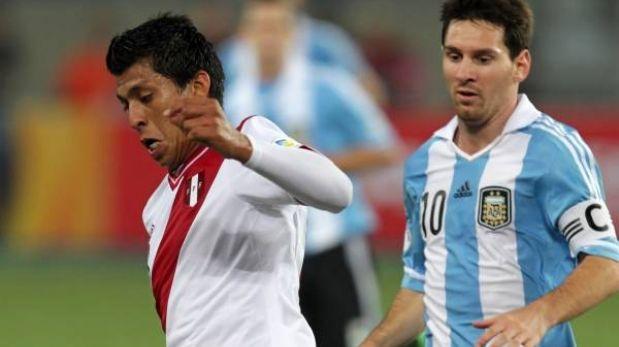 Rinaldo Cruzado jugará en Newell's Old Boys, según prensa argentina