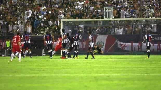 FOTOS: la goleada de Alianza Lima ante sus hinchas en La Noche blanquiazul