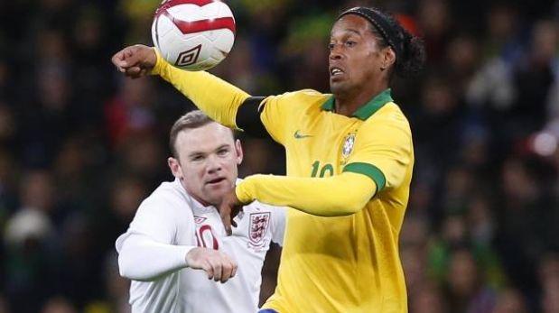 Inglaterra venció 2-1 a Brasil y Ronaldinho falló un penal
