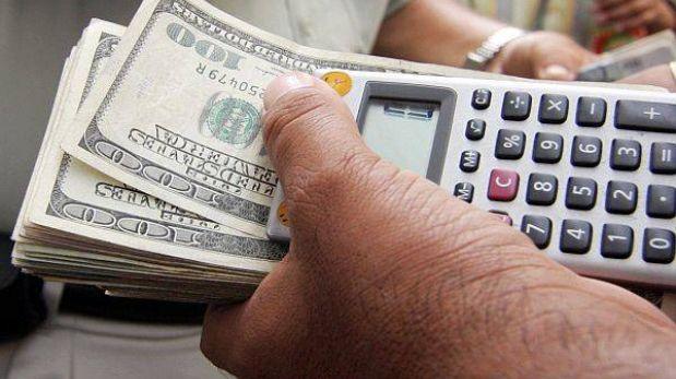 Dólar trepó aun más hasta S/.2,804 y bolsa de valores inició con caída