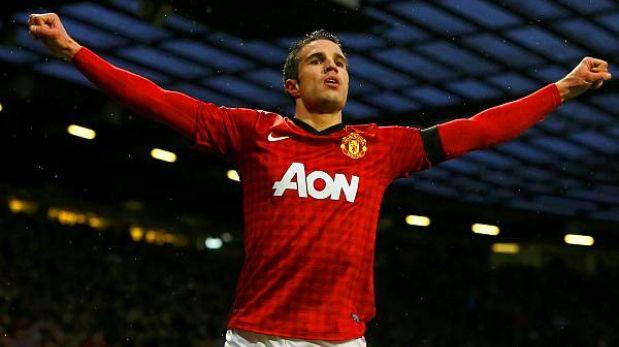 Manchester United ganó 2-0 a Everton y se alejó a 12 puntos del City