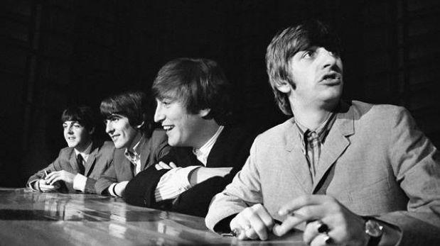 """Estrellas de la música recrean la grabación del """"Please Please Me"""" de los Beatles"""