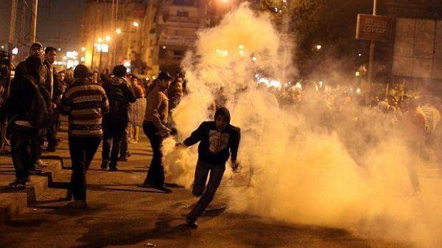 Egipto: decenas de heridos en protestas a dos años de caída de Mubarak
