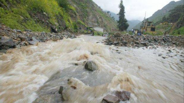 Pozuzo: unas 2.500 familias están en grave riesgo por posible desembalse de río