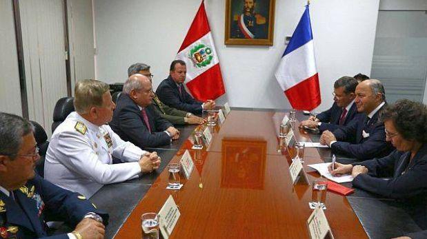 Gobierno peruano evalúa la compra de un satélite a Francia