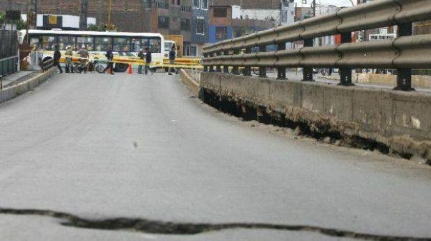 Puente entre Av. Universitaria y Av. Morales Duárez estaría cerrado una semana