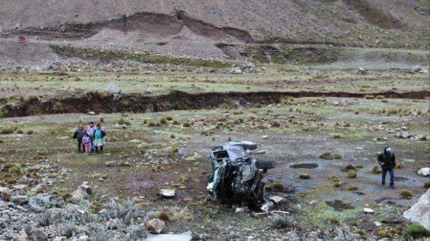 La Libertad: padre e hijo murieron tras caída de camioneta a abismo