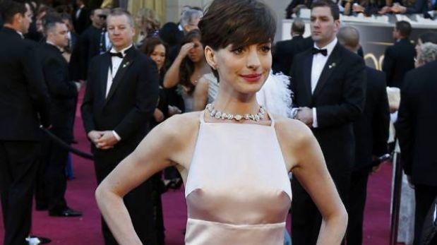 Anne Hathaway y su provocador vestido fueron lo más comentado de los Óscar en Twitter