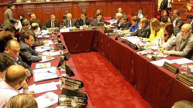 Contralor Khoury ratificó ante el Congreso irregularidades de contrato de FF.AA. con empresa israelí