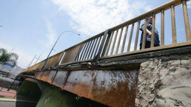 Emape advierte intereses políticos para generar pánico por estado de puentes