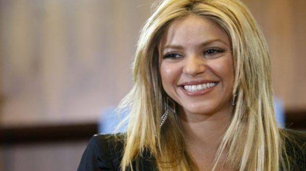 Shakira reapareció en público un mes después de convertirse en madre