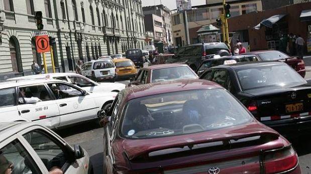 Surco cambiará el sentido de dos calles en las horas punta