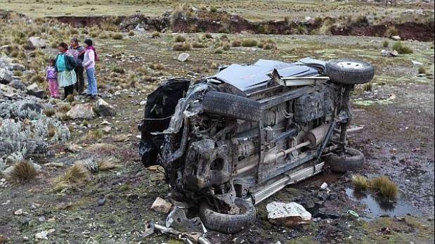 La Libertad: cuatro personas murieron por caída de bus a un abismo