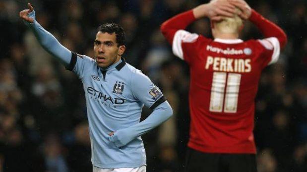 El City avanzó a semifinales de la Copa FA con tres goles de Tevez