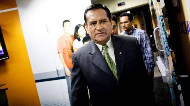 FOTOS: el deslucido debate entre representantes del Sí y el No a la revocación a Susana Villarán