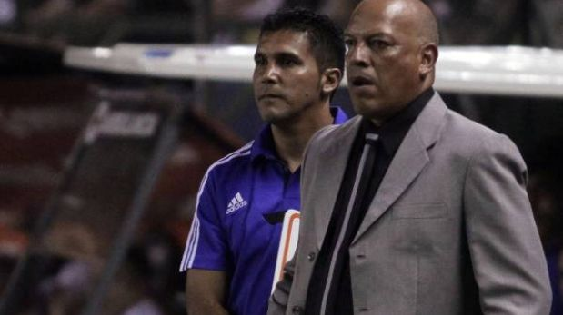 "Roberto Mosquera: ""Mis jugadores están aptos para tantos partidos"""