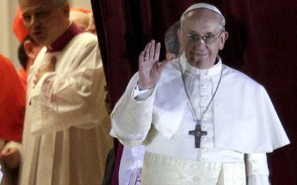 """El Comercio en el Vaticano: """"El Papa va a iniciar una nueva evangelización de América Latina a Europa"""""""