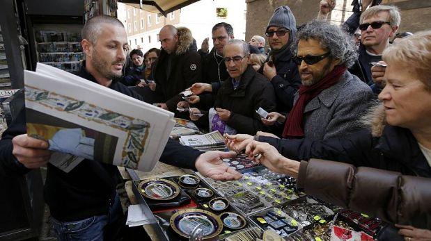 FOTOS: Souvenirs del papa Francisco son los más vendidos en el Vaticano