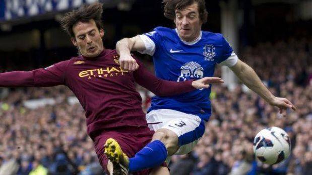 Everton aleja al Manchester City de la opción del título de la Premier