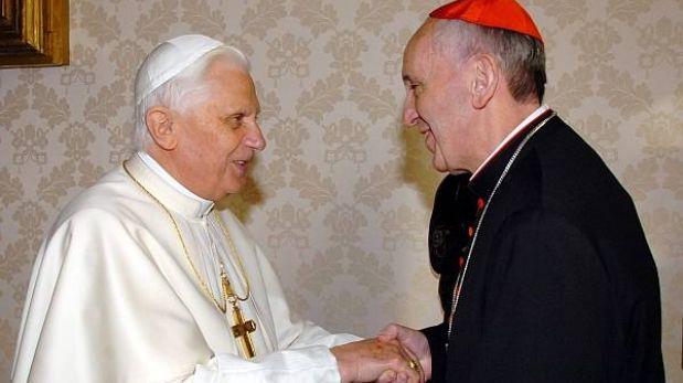 Papa Francisco se reunirá con Benedicto XVI por primera vez mañana