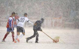 FIFA rechazó reclamó de Costa Rica por condición del campo en que cayó ante EE.UU.