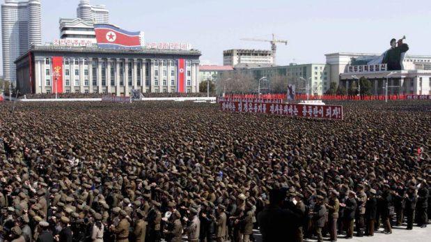 FOTOS: miles de soldados norcoreanos se volcaron a las calles para respaldar amenazas contra Estados Unidos