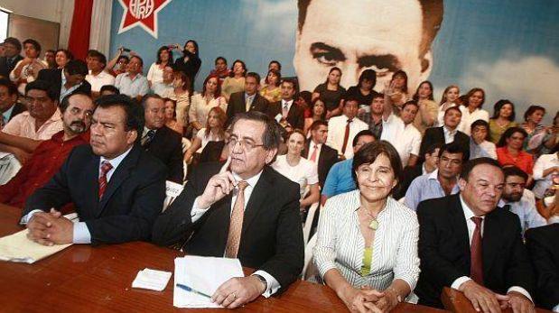 El APRA está a favor del indulto a Alberto Fujimori, confirmó Velásquez Quesquén