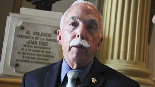 Presentación de Alan García ante megacomisión debió ser postergada, afirmó Tubino