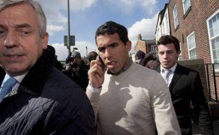 Carlos Tevez fue condenado a realizar trabajo comunitario en Inglaterra