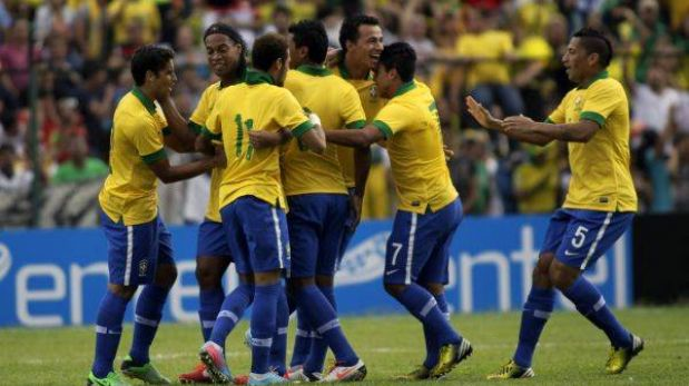 Con Neymar y Ronaldinho, Brasil goleó 4-0 a Bolivia en partido amistoso