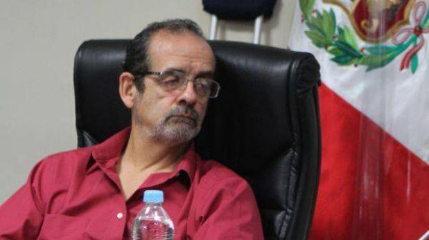 Juristas discrepan sobre resolución judicial que anula sanción a Javier Diez Canseco