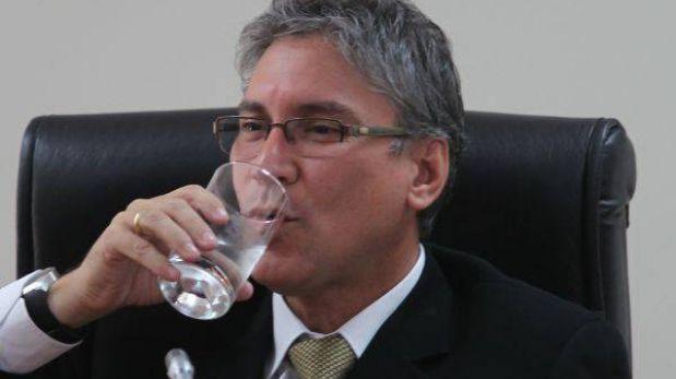 """Pastor sobre narco: """"Presidente de comisión tendrá que explicar cómo se llevó a cabo su contratación"""""""