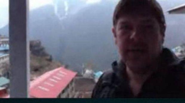 El explorador que conecta escuelas cercanas al Everest con el mundo