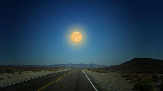 Así se vería el cielo si reemplazáramos a la Luna por planetas
