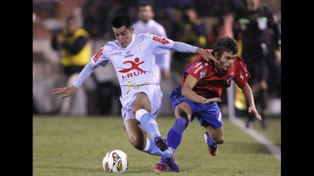 FOTOS: la victoria del Real Garcilaso 1-0 sobre el Nacional de Uruguay en el Cusco