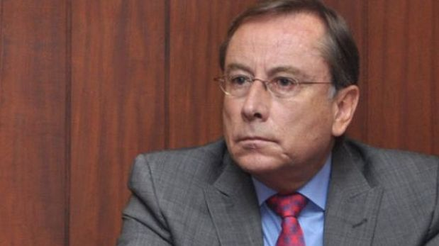 Rodrigo Riofrío ya no será embajador de Ecuador en el Perú