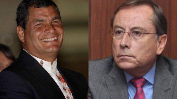 Correa reconoce que Riofrío pateó a una mujer pero se niega a retirarlo del Perú
