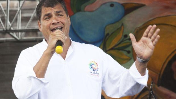 """Para Rafael Correa, a Ecuador """"le robaron"""" el partido con Perú en el Estadio Nacional"""