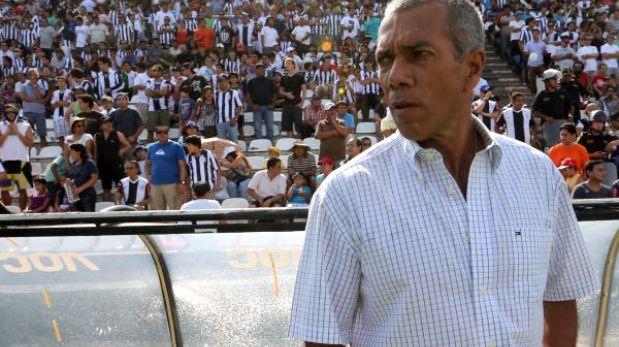 Wilmar Valencia definirá este lunes su futuro en Alianza Lima