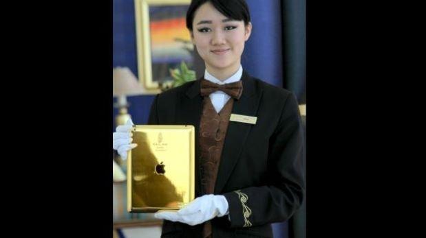 Dubái: un hotel siete estrellas entrega un iPad de oro a huéspedes