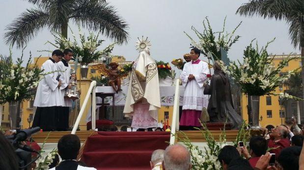 FOTOS: cardenal Cipriani presidió el Corpus Christi en la Plaza Mayor de Lima